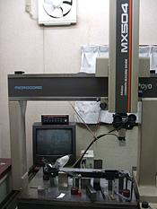 三次元測定器